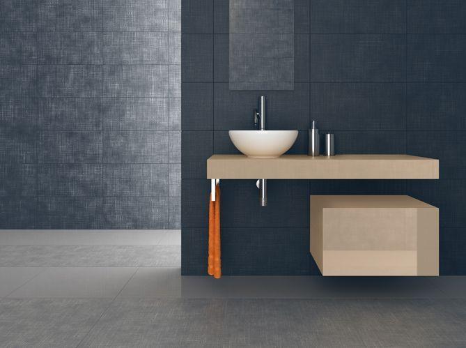 Peindre son carrelage de salle de bains en 3 étapes - Elle Décoration - Peindre Son Carrelage Salle De Bain