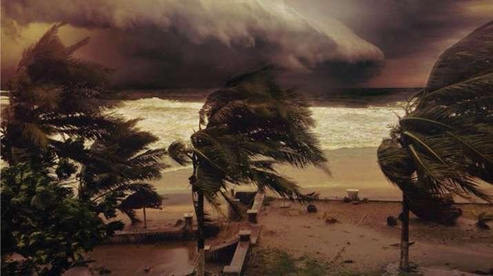 Ios 10 Wallpaper Hd Cyclone Titli Hits Odisha Andhra Pradesh Do S And Don Ts