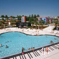 DG2-13 Disney's All-Star Music Resort-Pool April 1995 MRA