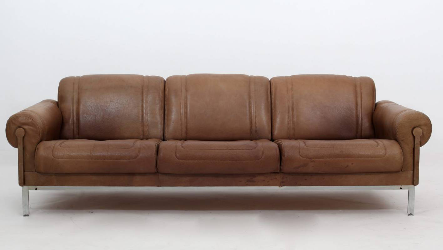 Leather Sofa Wellington Nz Retro Revival First Fashion Now Furniture Is Rocking The 70s