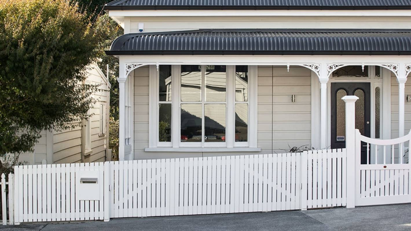 Garage Design Ideas Nz Ponsonby Villa With Invisible Garage Has Come Onto The Market