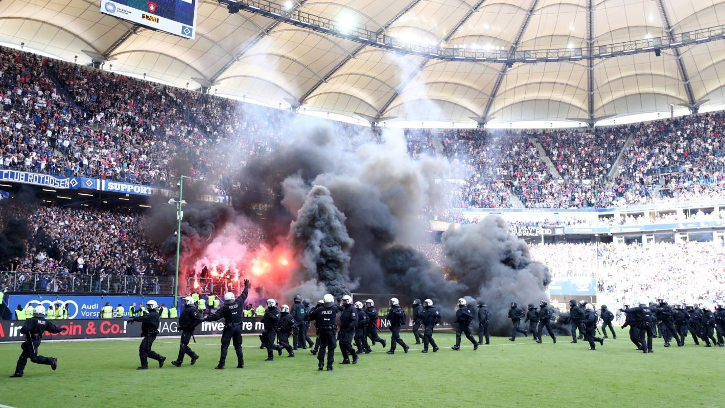 Side Hamburg Fans Revolt After Hamburger Sv Relegated From Germany's