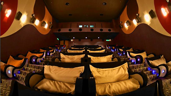 Sofa Ikea Indonesia 7 Most Comfortable Cinemas In The World That You Won't