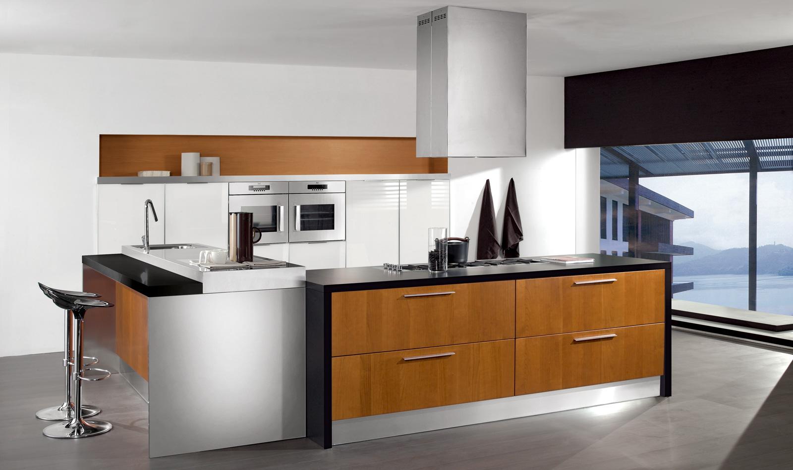 Cucina classica in ciliegio open space cucina soggiorno classico best soggiorno mod tania for Cucine moderne color ciliegio
