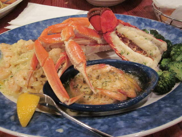 Red Lobster - Menu  Reviews - West Elsdon - 5201 S Pulaski Rd - lobster customer service