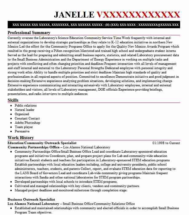 Professional community outreach specialist templates to showcase
