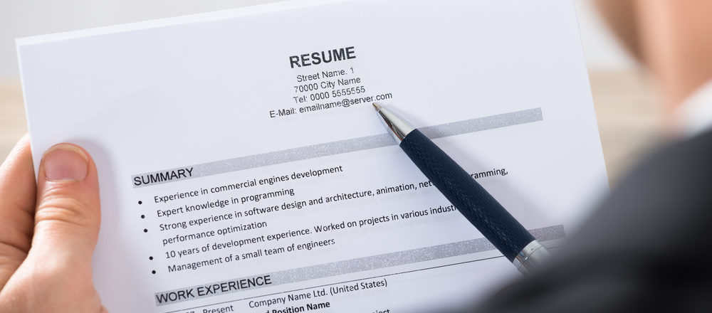 How to Tailor Your Resume and Land More Job Interviews Resume YETI - how to present your resume