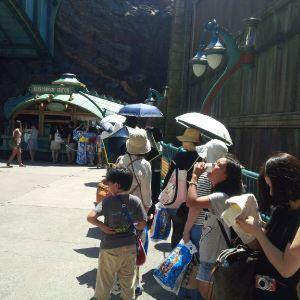 Disney SEA Japan queue line 3