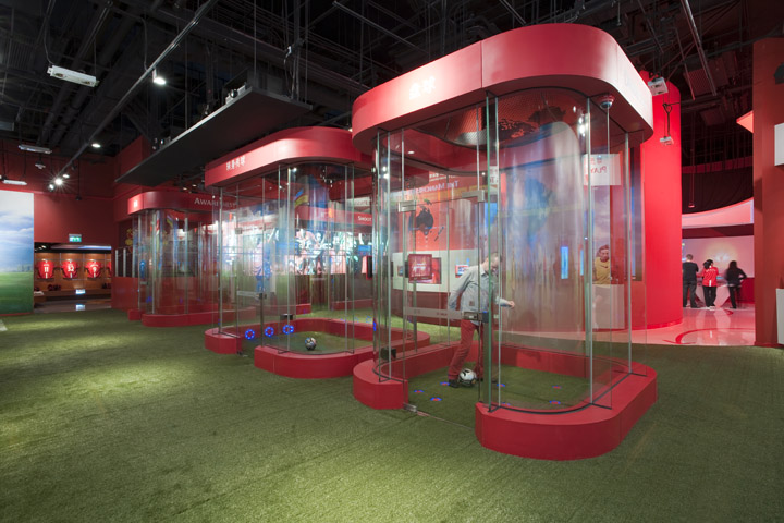 Interior Designer Blog Australia » The Manchester United Experience Retail By Head