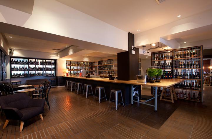 restaurant bar Red Design Group Melbourne Grosvenor Hotel restaurant ...