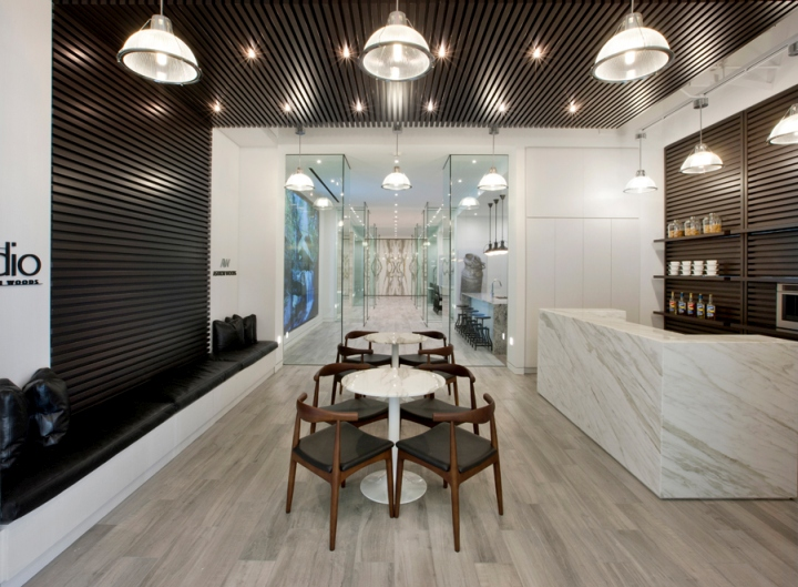 Lighting Stores In Houston Area The Studio By Ashton Woods Showroom By Cecconi Simone Inc