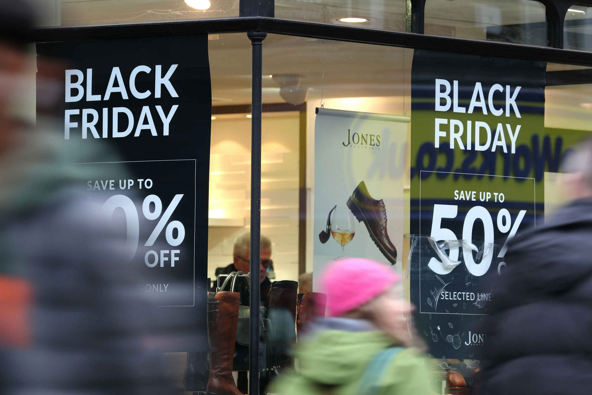 Shoppers Expected To Spend 2 53bn On Black Friday 3 4 More Than 2018 Retail Gazette