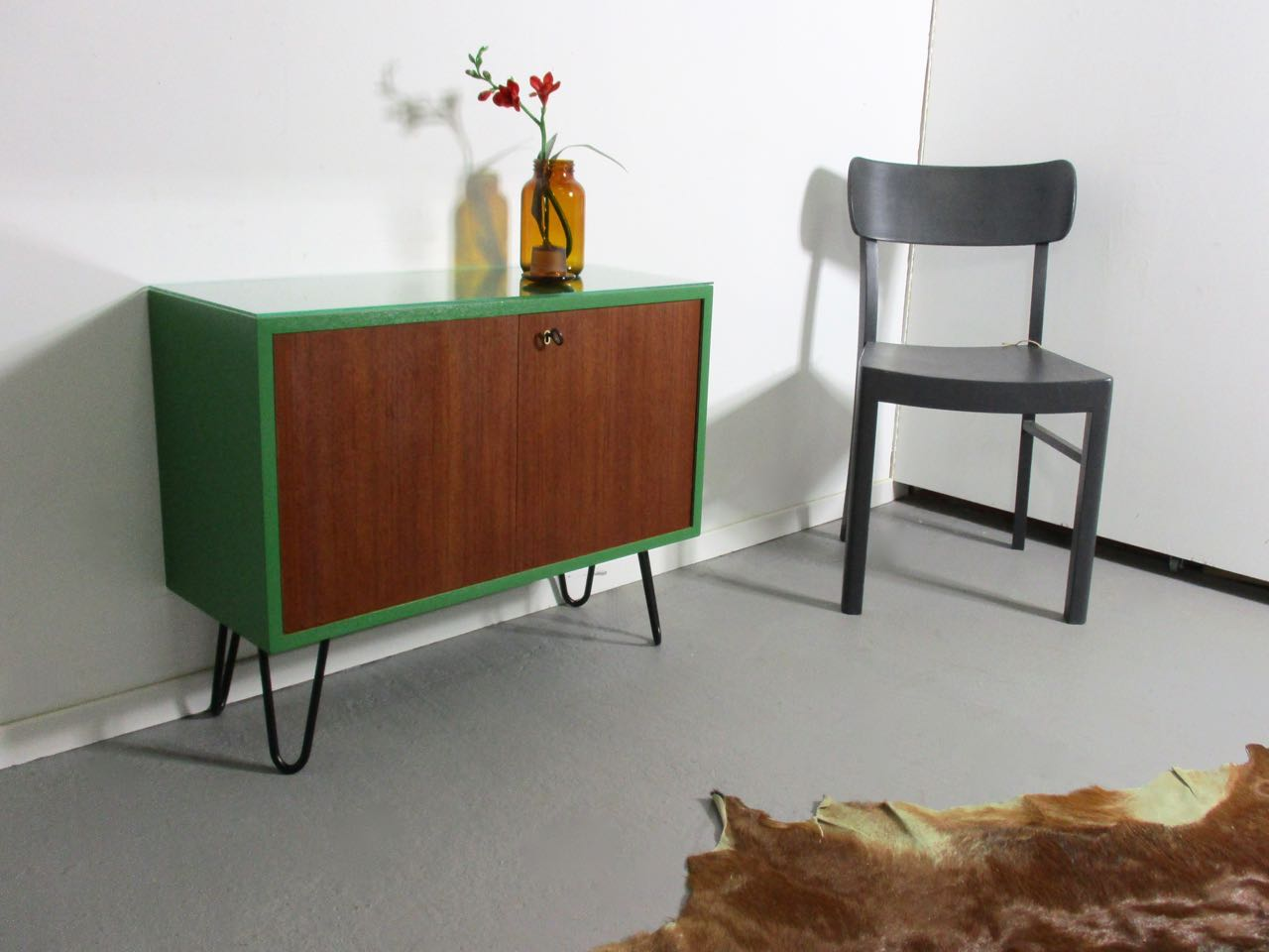 Grasgrün Berlin Sold Kommode In Teak Und Grasgrün Retro Salon Cologne