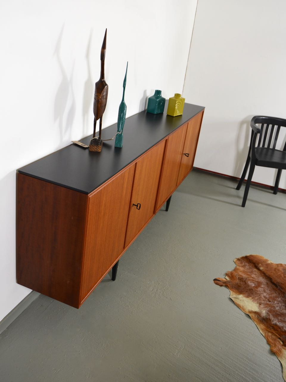 Langes Sideboard Sold! Langes 60s Teak Sideboard - 2 Meter !! - Retro Salon