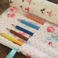 I finally made a pencil roll project!