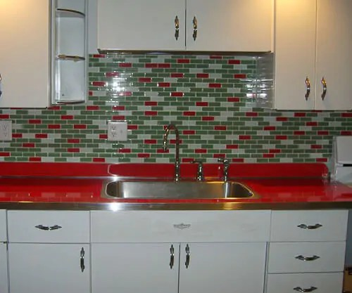 A Tale Of Two Red Countertops Retro Renovation