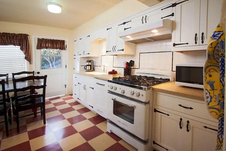 Timeless retro cottage kitchen design ideas - and other terrific - timeless kitchen design