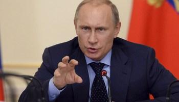Une fois plus la Russie ne mâche pas ses mots: L'ambassadeur russe a répondu à Ibn Jassem en toute froideur : « Si vous me reparlez sur ce ton à nouveau, il n y aura plus de Qatar » Vladimir-poutine-1728x800_c