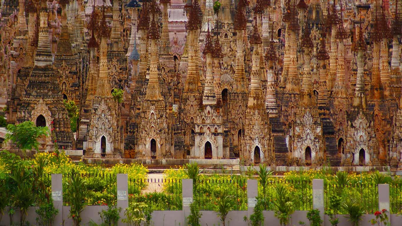 Numa Falls Wallpaper Stupas In Kakku Shan State Myanmar Wallpaper By T1000