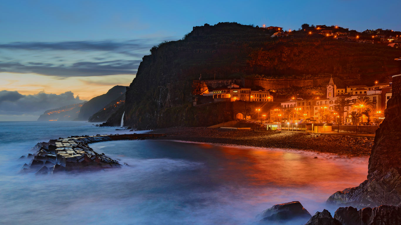 Numa Falls Canada Wallpaper Ponta Do Sol Island Of Madeira Portugal Wallpaper By