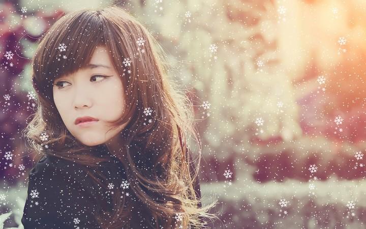 Cute Alone Girls Wallpapers Asian Girl In Snowflake Wallpaper By Sophialane