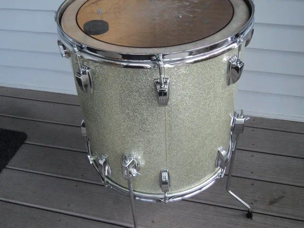 Ludwig Classic 1968 69 Silver Sparkle 16quot X 16quot Floor Tom