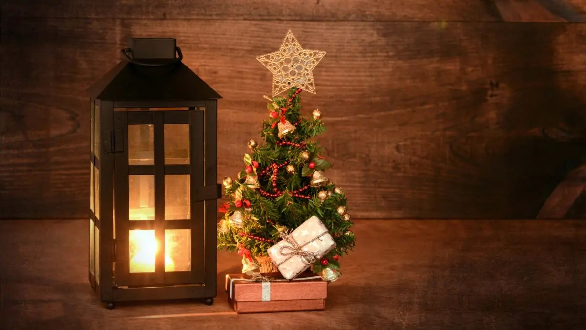 Best Place For Christmas Decorations The Best Mini And Table Top Christmas Trees For Decorating Your