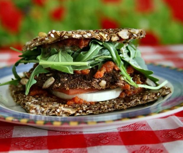 Es una tendencia gastronómica que invita a comer todos frutas y verduras en su estado natural.
