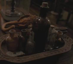 A Poção Wolfsbane, preparada por Severus Snape.
