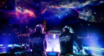 Daft_Punk_electronic_music_duo_French_musicians_Guy-Manuel_de_Homem-Christo