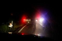 Policías montan un retén después de un enfrentamiento en la región Valles de Jalisco.