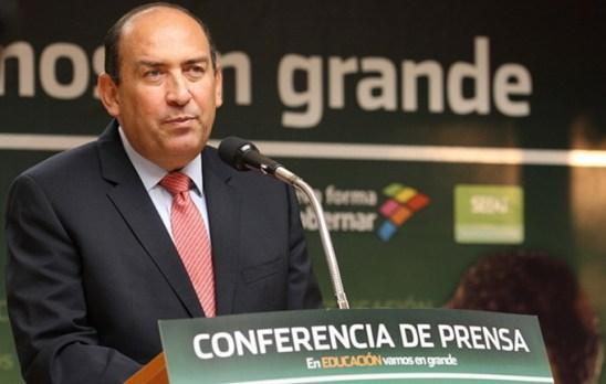 "Gobernador ahora, antes ""periodista cultural""... Foto © Notimex."