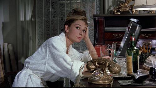 Breakfast At Tiffanys Quotes Wallpaper Audrey Hepburn Rey Kissna