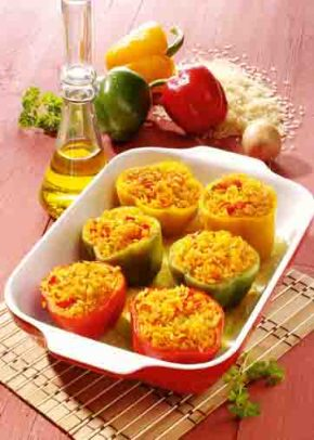 Gefüllte Paprika mit Gemüse und Reis Foto: Wirths PR