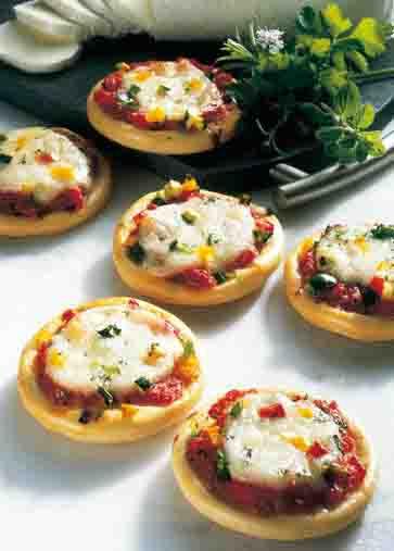 Snacks & Fingerfood: Party-Pizzen Foto: Wirths PR