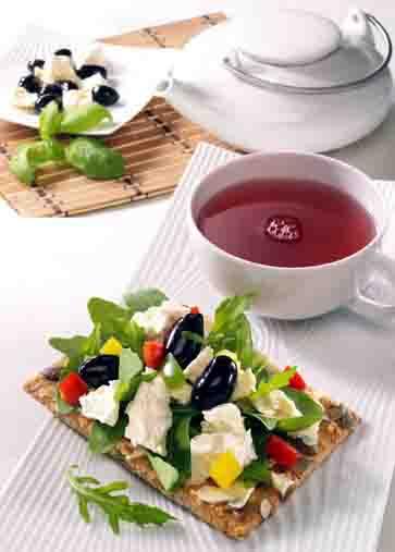 Snacks & Fingerfood: Gourmetschnitte Mediterrane Foto: Wirths PR