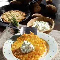 Kartoffelpuffer mit Schnittlauch-Quark (cholesterinarm)