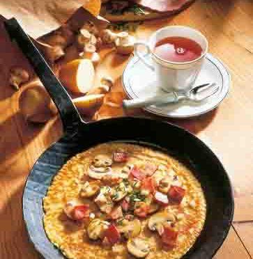 Pfannkuchen mit Schinken-Pilz-Füllung Foto: Wirths PR