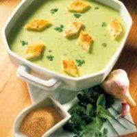 Pürierte Kräuterrahmsuppe (cholesterinarm)