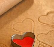 Lebkuchen-Herzerl mit Mandeln fast ohne Kohlenhydrate