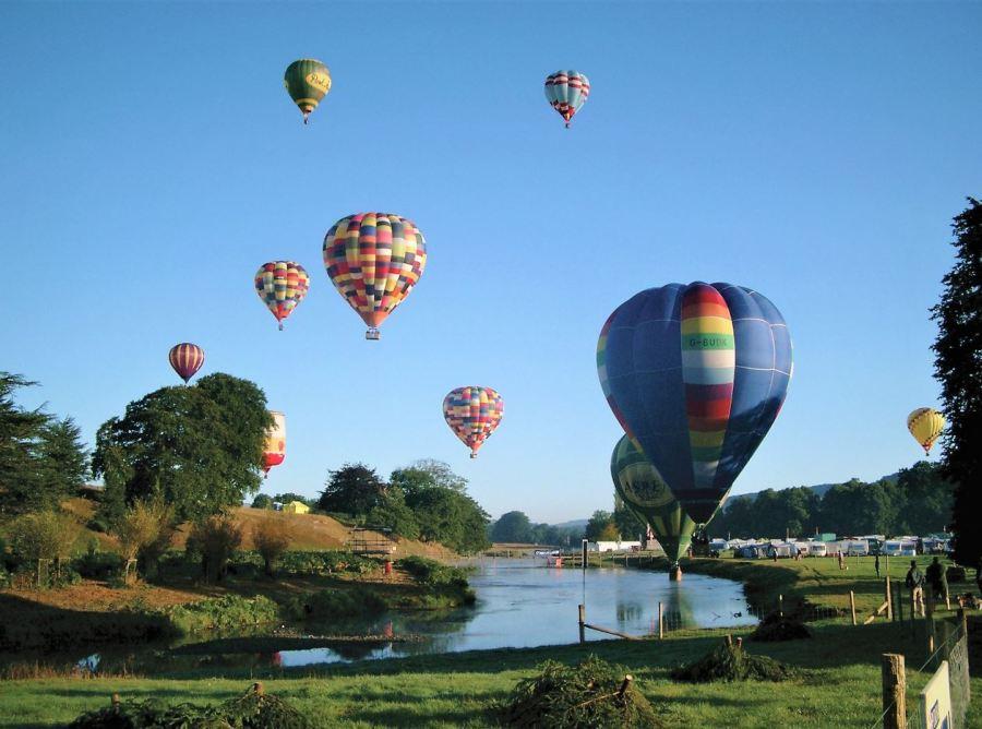 chatsworth_hot-air-balloons