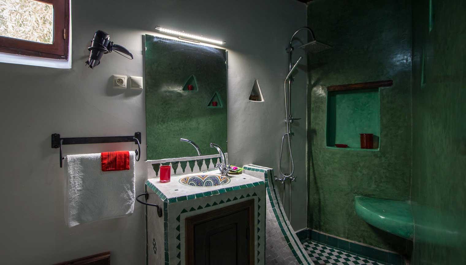 Salle De Bain Marocaine Tadelakt | Tadelakt Salle De Bain Amazing ...