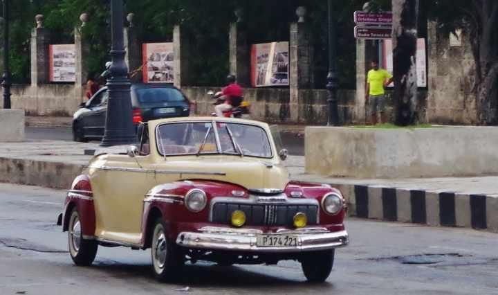 classic-cuban-cars-1