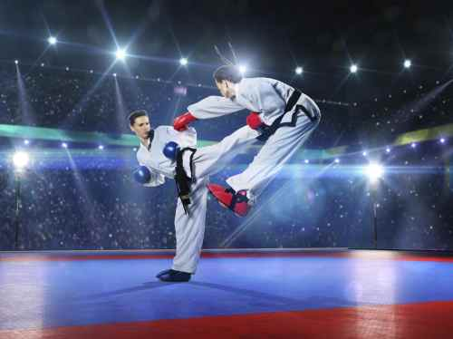 How To Defend Yourself: 5 Moves You Must Master