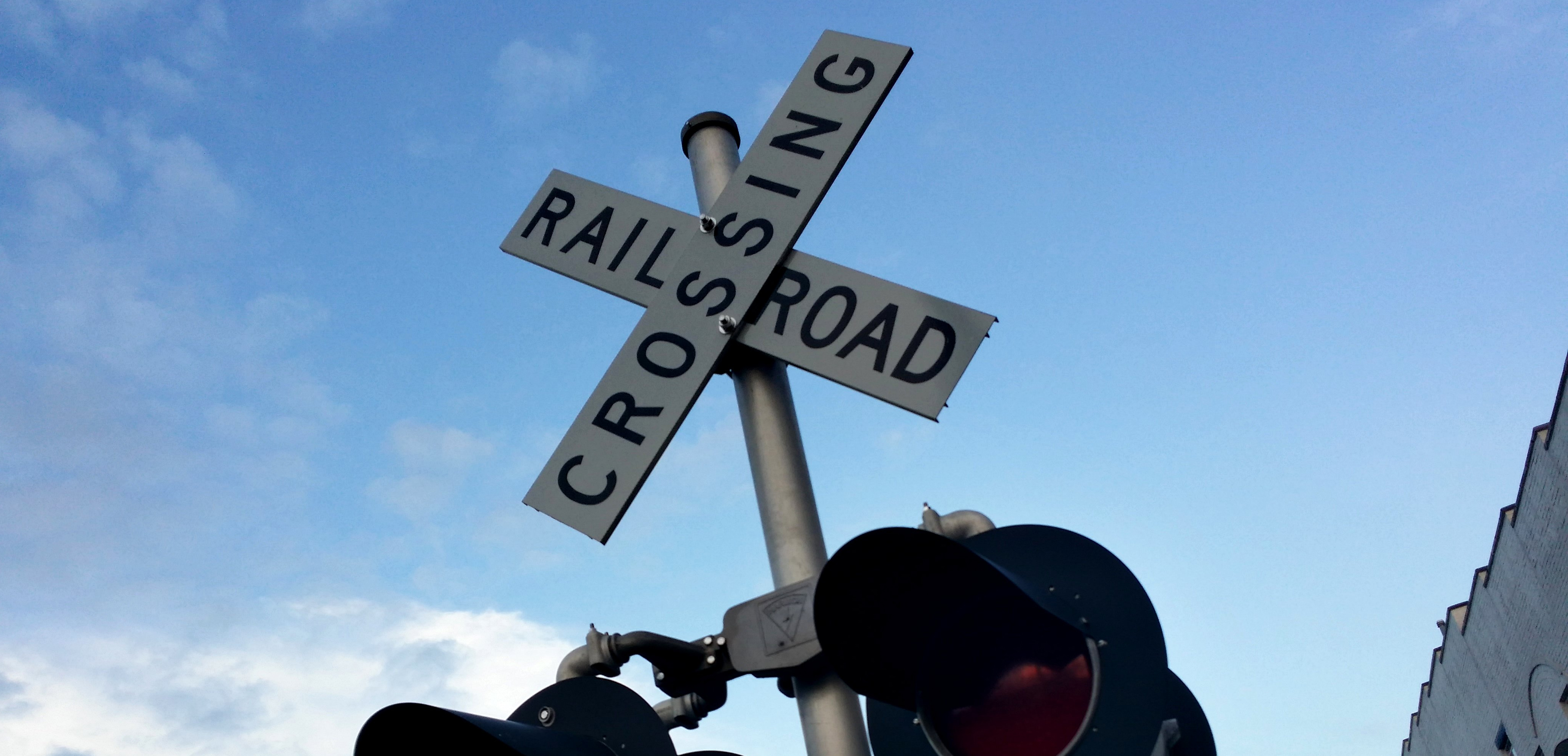 railroadcrossing.10.11