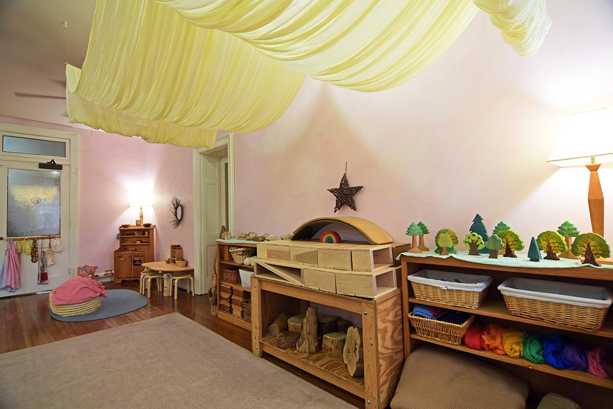 Anthroposophische Möbel Kindergarten Ages 2½ 6 Richmond Waldorf School