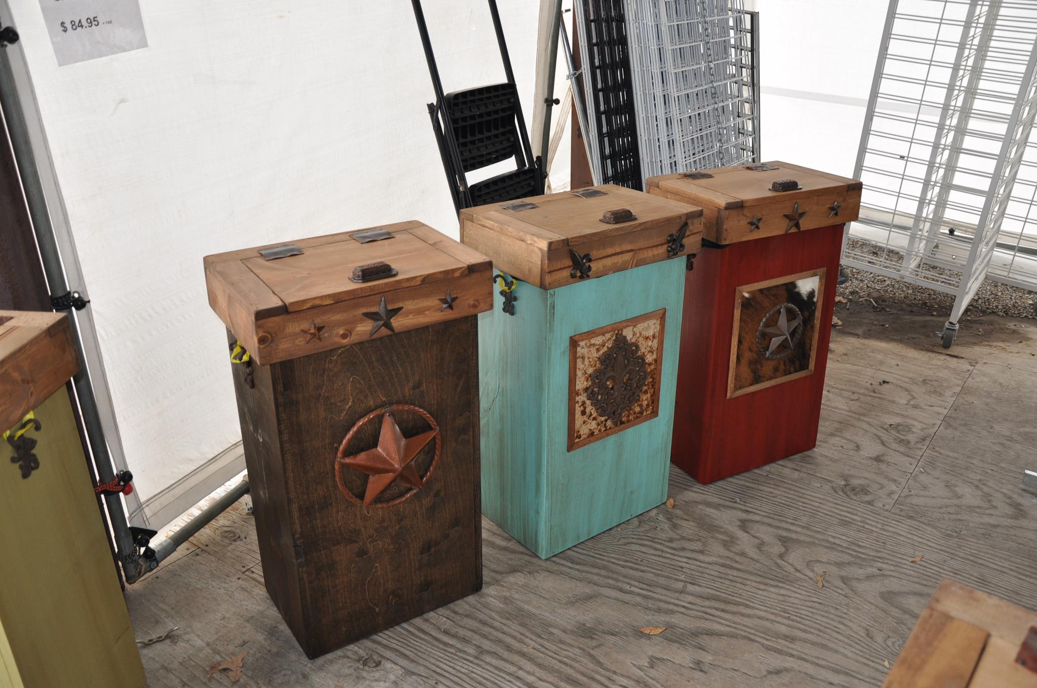 Laundry Trash Cans Hi End Rustic Trash Cans Laundry Bins