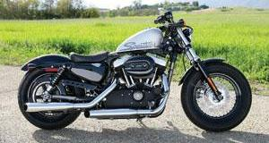 2010-Harley-Davidson-XL1200X-Sportster-Forty-Eight_021