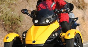 2008-Can-Am-Spyder-Motorcycle-Test-Drevenstedt-09