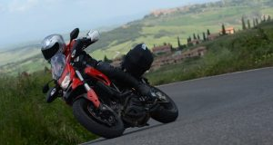 web-Ducati-Hyperstrada-featured